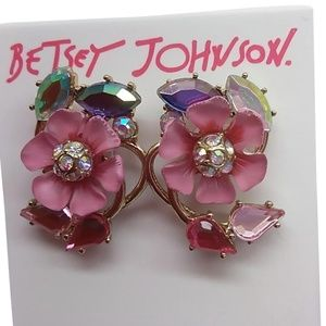 BETSEY JOHNSON Small Pink Posies Stud Earrings